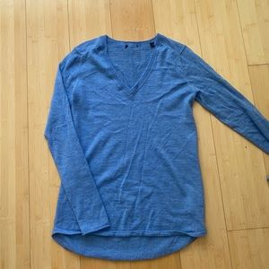 ATM blue Anthony Thomas vneck cashmere sweater XS